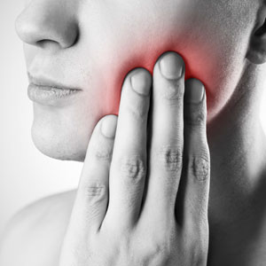 severe-mouth-pain-sq-300